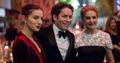 El director de orquesta Dudamel recibe premio de las artes en Nueva York