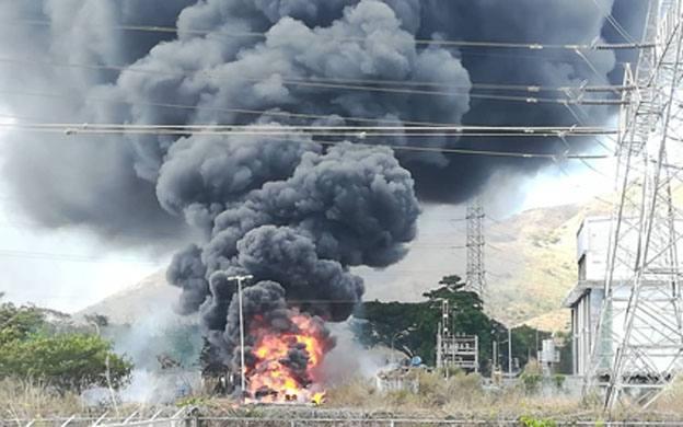 Incendio en subestación La Horqueta afecta a 10 estados