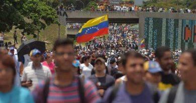 Capitán exiliado Javier Nieto a los militares venezolanos: Es la hora de darle la libertad al pueblo