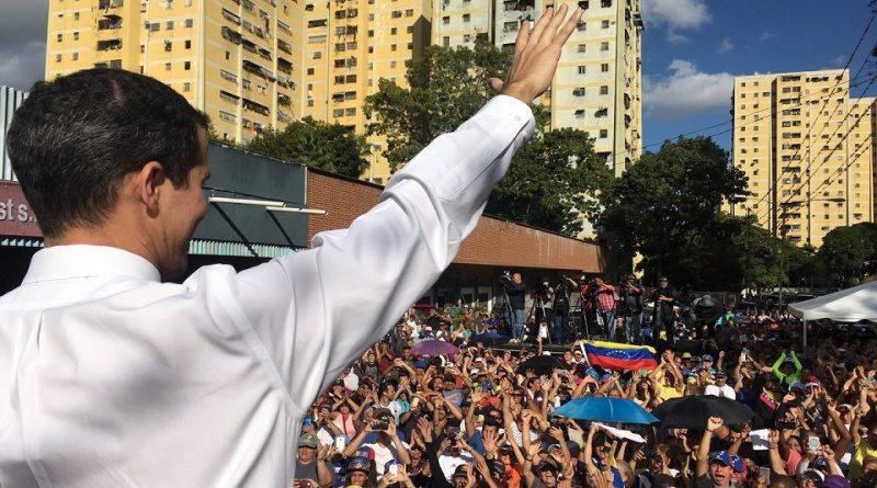 La calle se reactivó con los cabildos abiertos de la oposición