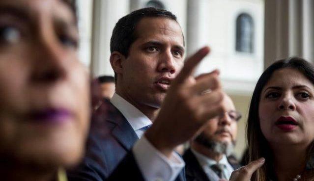 Empresas extranjeras prometen a Guaidó apoyo para atajar crisis eléctrica